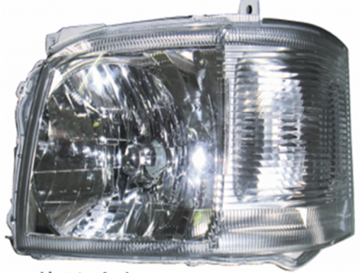 HIACE 05 HEAD LAMP